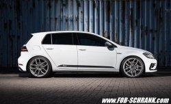 画像1: 【今月の特価商品】Volkswagen Racingline Performance サイドドアデカール /ゴルフ7